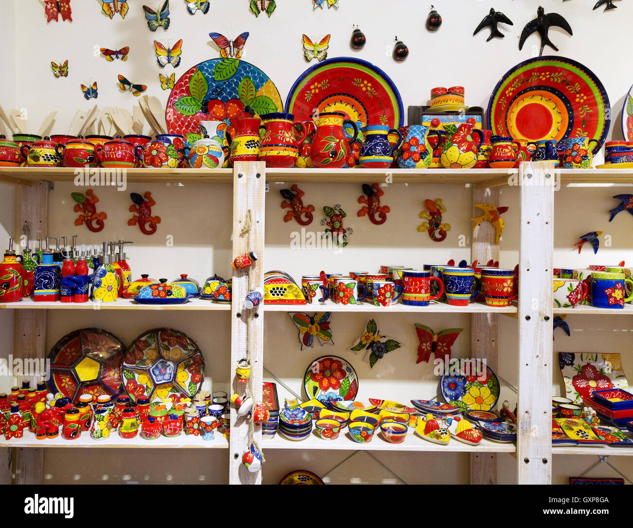 Traditional colourful Algarve pottery for sale, Lagos, Algarve Portugal Europe - Stock Image