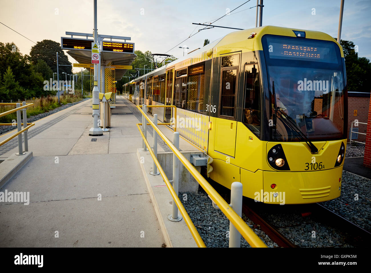 tram-stopped-caption