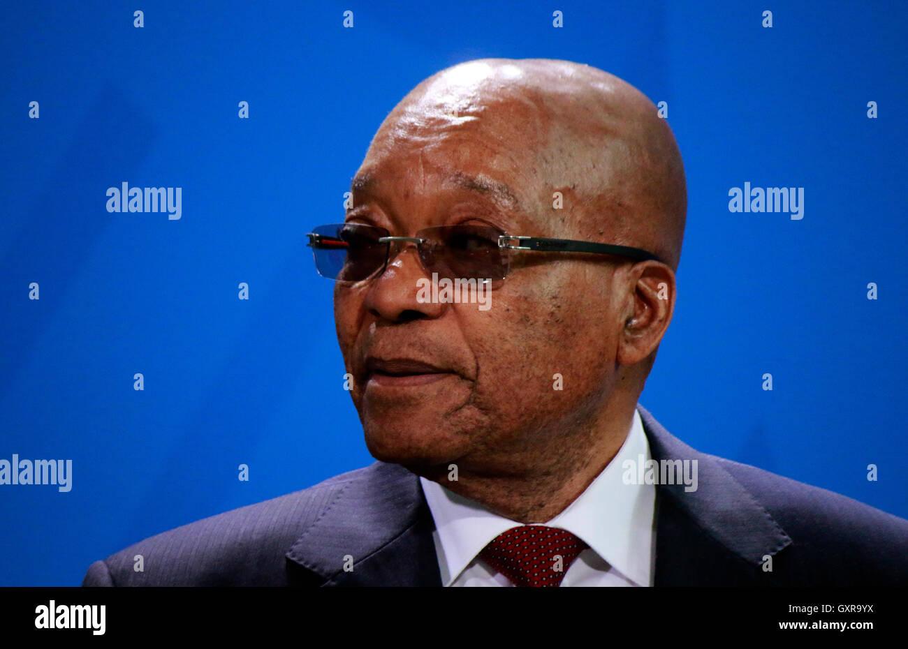 Jacob Zuma - Treffen der dt. Bundeskanzlerin mit dem Praesidenten Suedafrikas, Bundeskanzleramt, 10. November 2015, - Stock Image