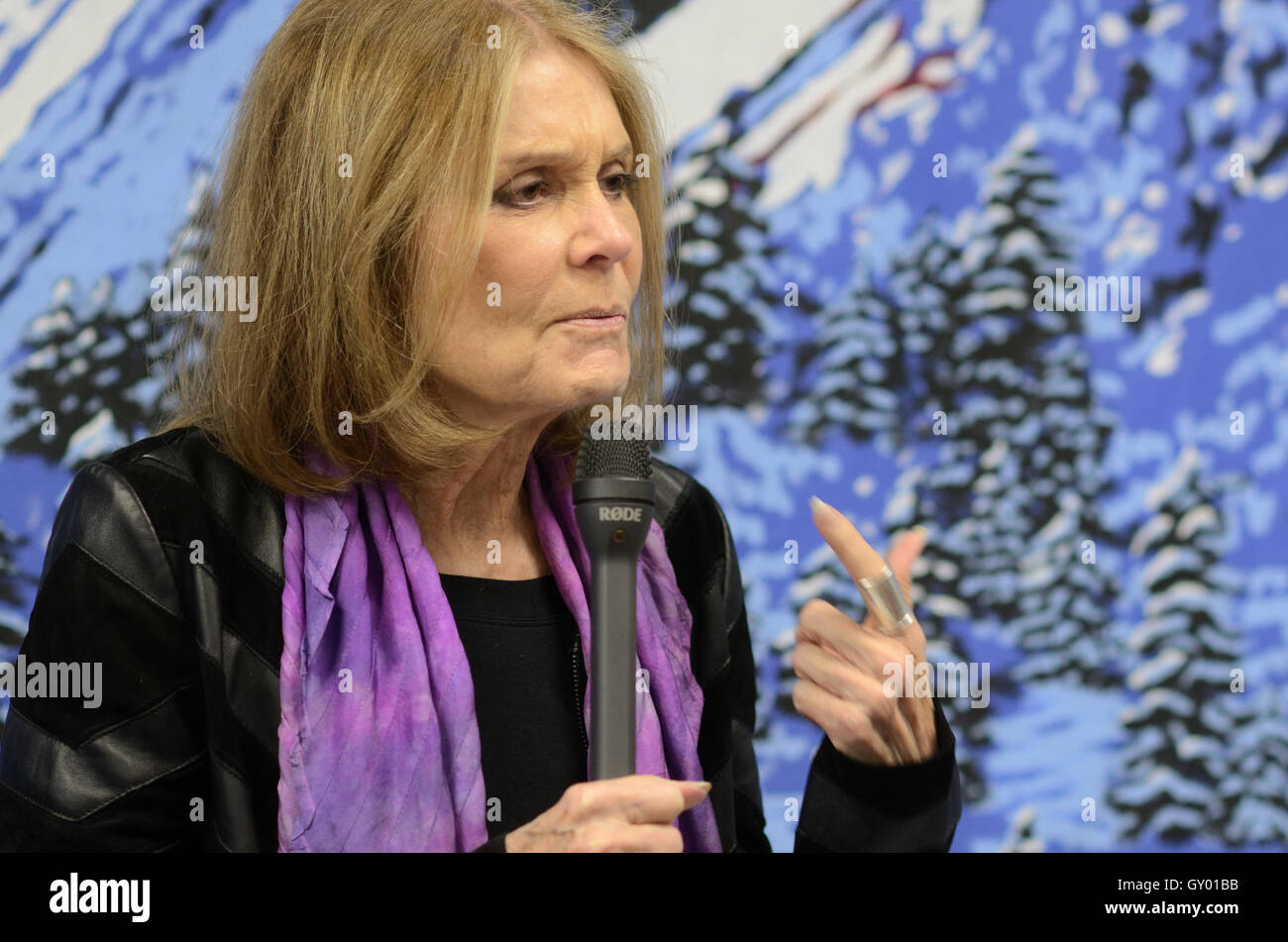 Gloria Steinem at the Boulder Democratic Party Headquarter Sept. 16, 2016 to support Hillary Clinton for President. - Stock Image