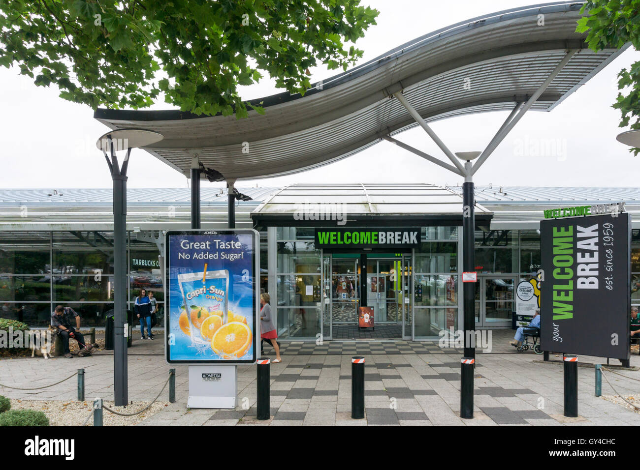 Welcome Break services at South Mimms on the M25 and A1 motorways. Stock Photo