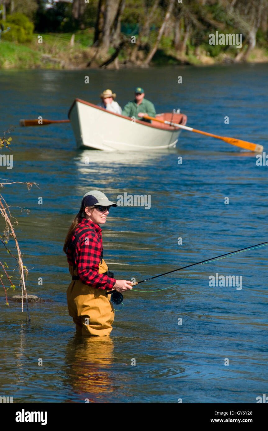 Flyfishing on McKenzie River with drift boat, Power Canal EWEB Access Site, Lane County, Oregon - Stock Image