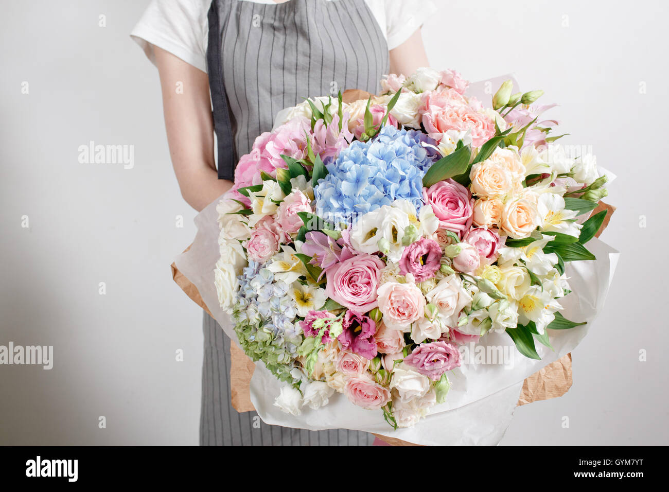Luxury bouquets of mixed flowers in the hands women Stock Photo ...