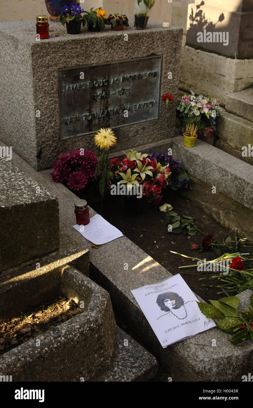 Pere Lachaise Cemetery. Tomb of Jim Morrison, singer. Paris. France. - Stock Image
