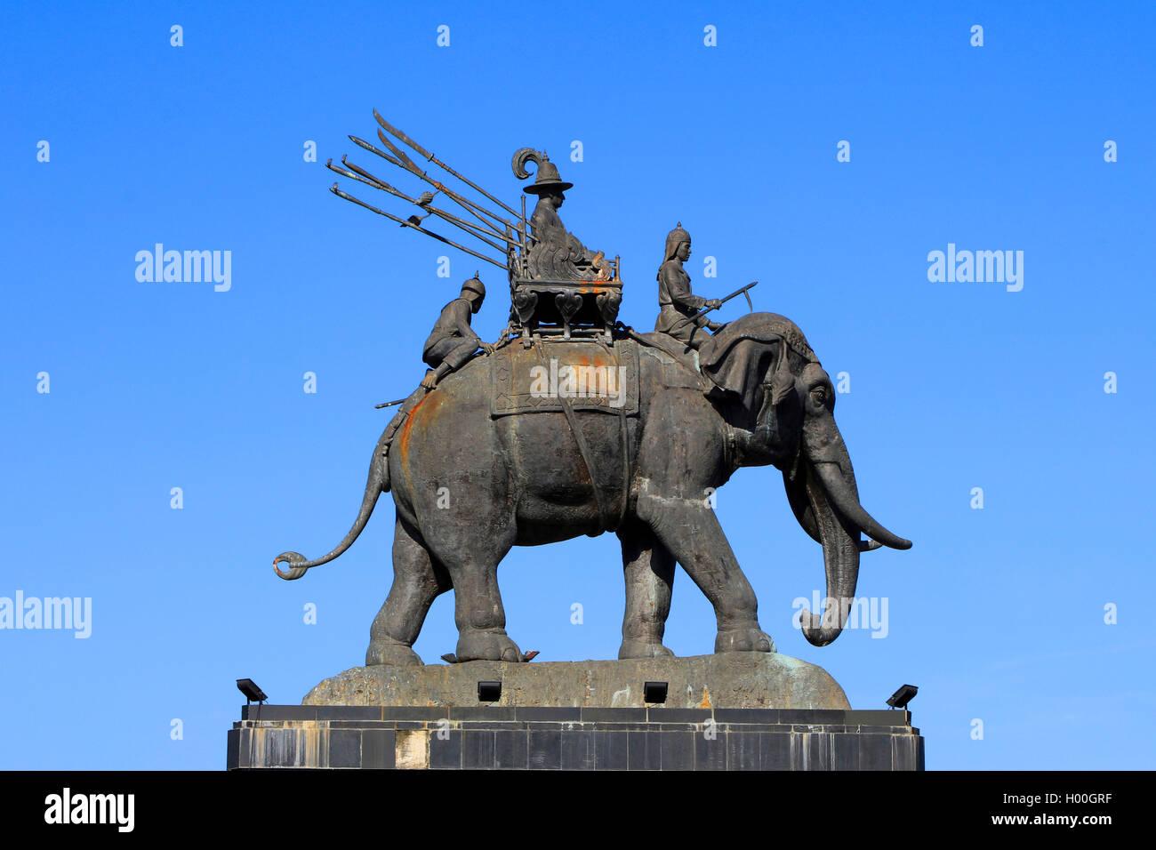 Bronze Denkmal von Koenig Rama, Thailand, Buriram | bronze memorial of King Rama, Thailand, Buriram | BLWS419668.jpg - Stock Image