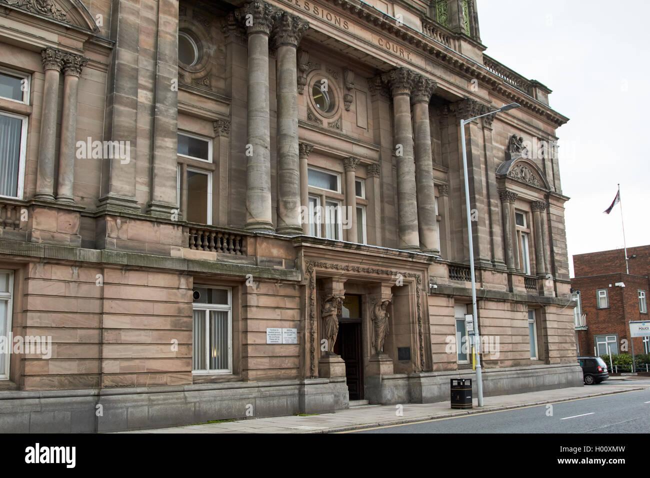 wirral magistrates court birkenhead Merseyside UK - Stock Image