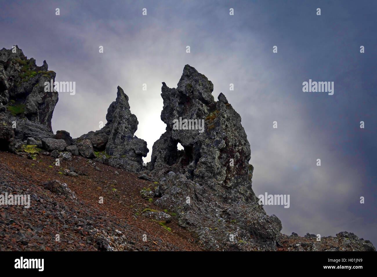 mystisch wirkende Lavaformation am Kolbeinsstadarfjall, Island, Snaefellsnes | weirdly shaped lava rocks of Kolbeinsstadarfjall, - Stock Image