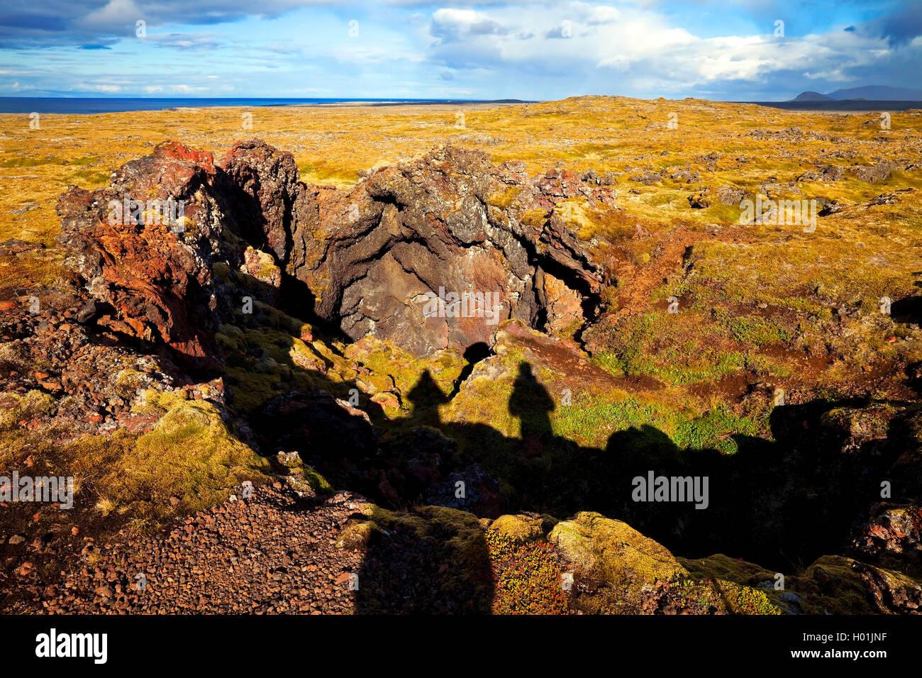 Krater im Lavafeld Neshraun, Island, Snaefellsnes, snae | Neshraun lava field with crater, Iceland, Snaefellsnes, - Stock Image