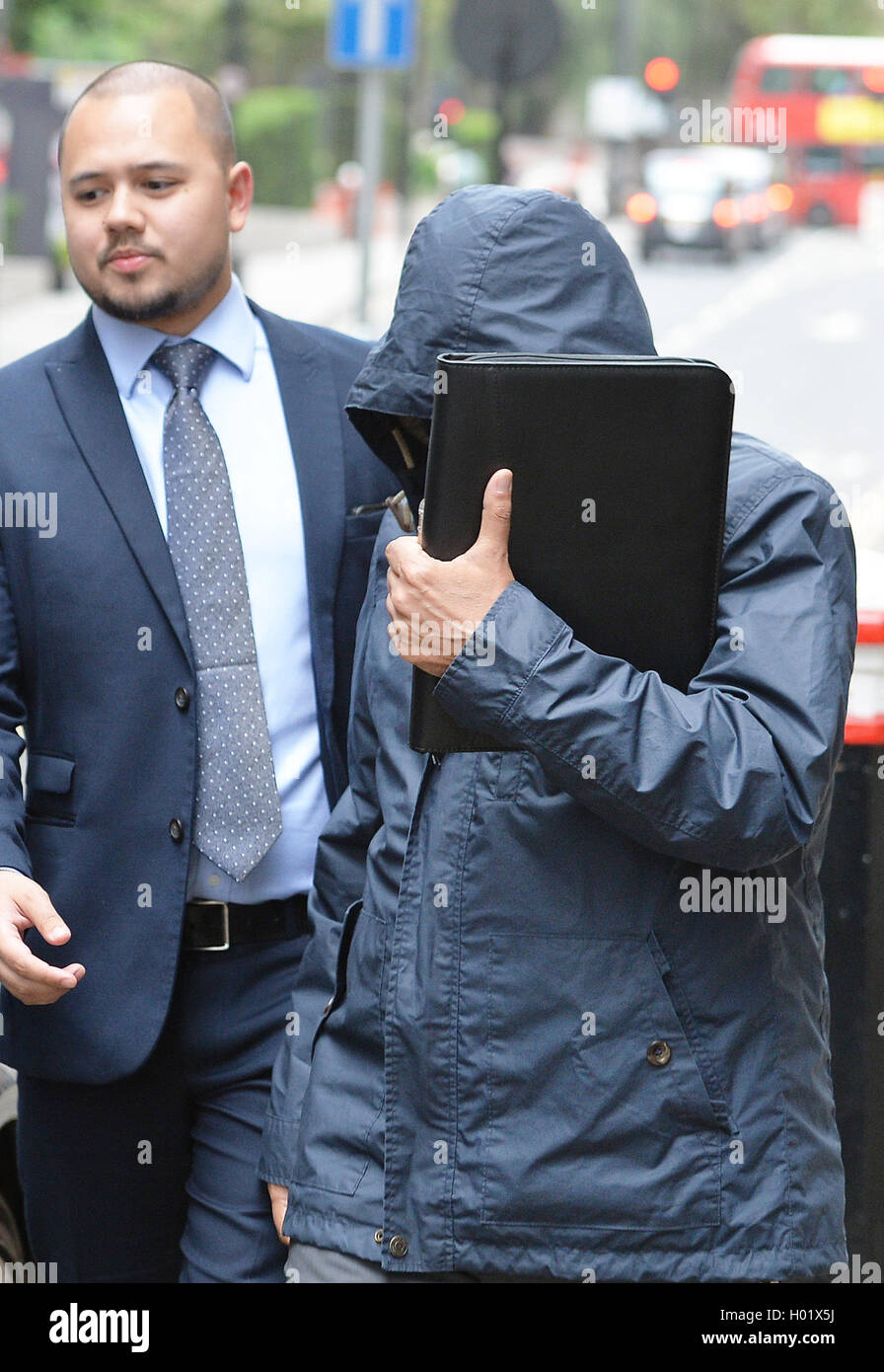 Undercover reporter Mazher Mahmood leaves the Old bailey in central London accused of conspiring to pervert the - Stock Image