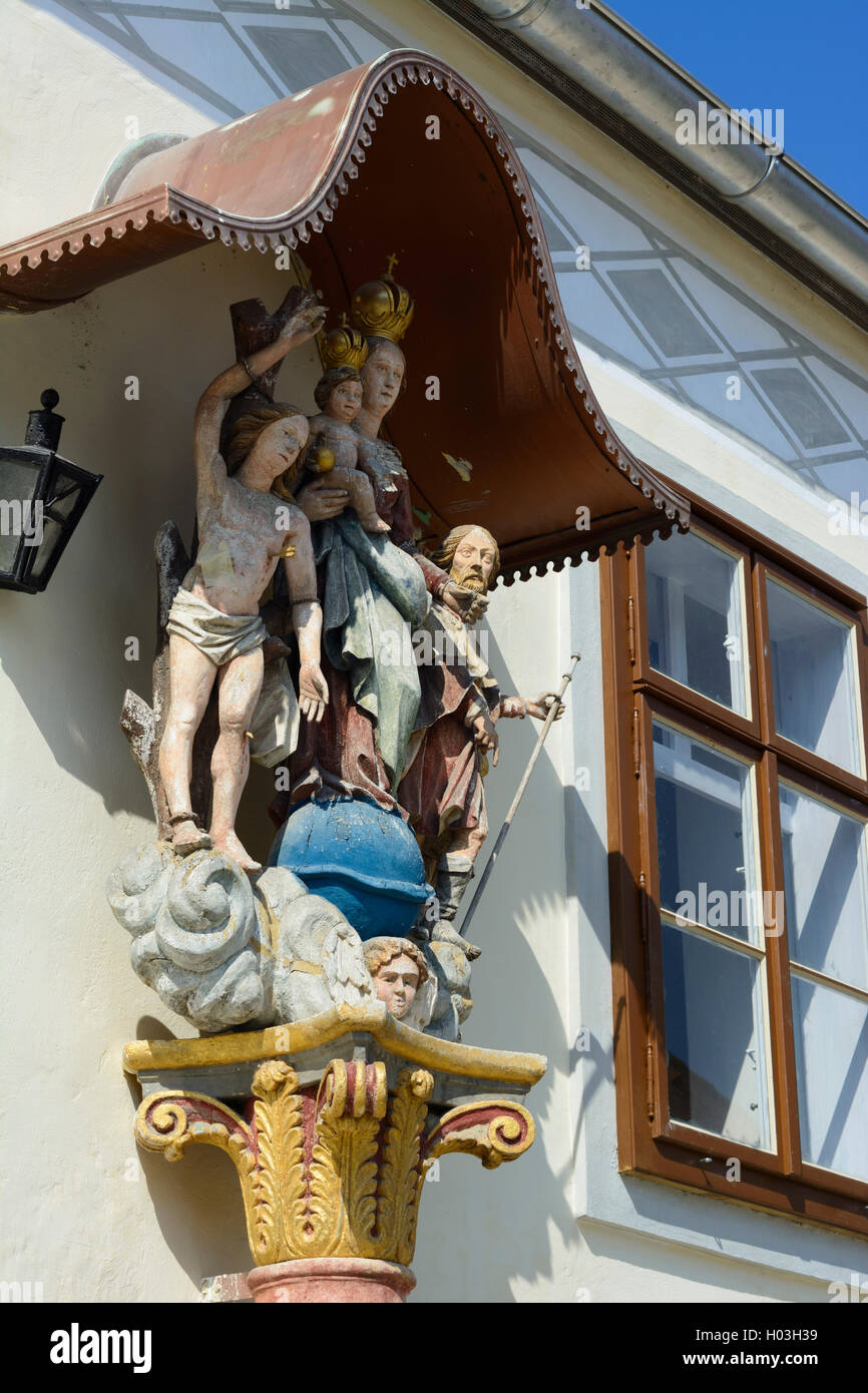 Purbach am Neusiedler See: piety figures at house, Neusiedler See (Lake Neusiedl), Burgenland, Austria - Stock Image