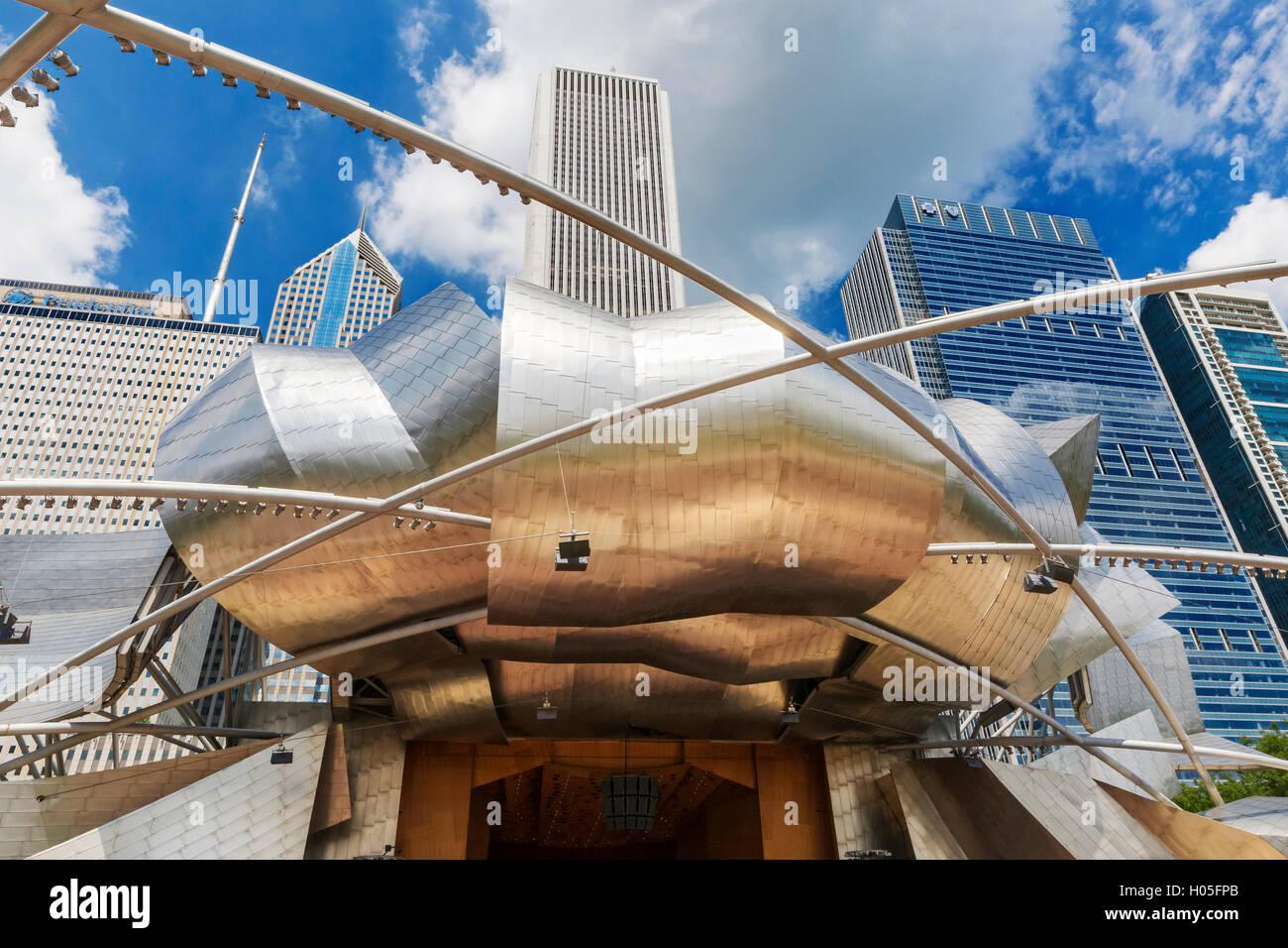 Jay Pritzker Pavilion, Millennium Park, Chicago, Illinois - Stock Image