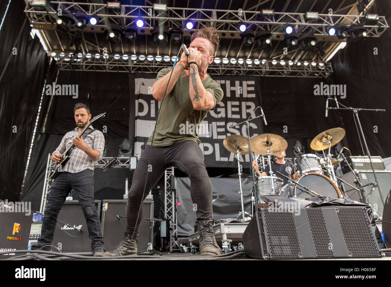 Chicago, Illinois, USA. 16th Sep, 2016. BEN WEINMAN, GREG PUCIATO and BILLY RYMER of Dillinger Escape Plan perform - Stock Image