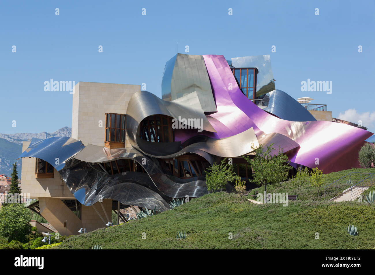 The Striking Hotel At Marques De Riscal Bodega Designed By Frank
