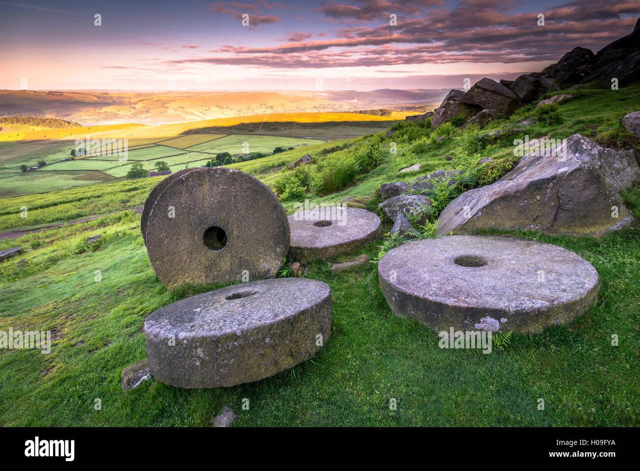 Stanage Edge millstones at sunrise, Peak District National Park, Derbyshire, England, United Kingdom, Europe - Stock Image