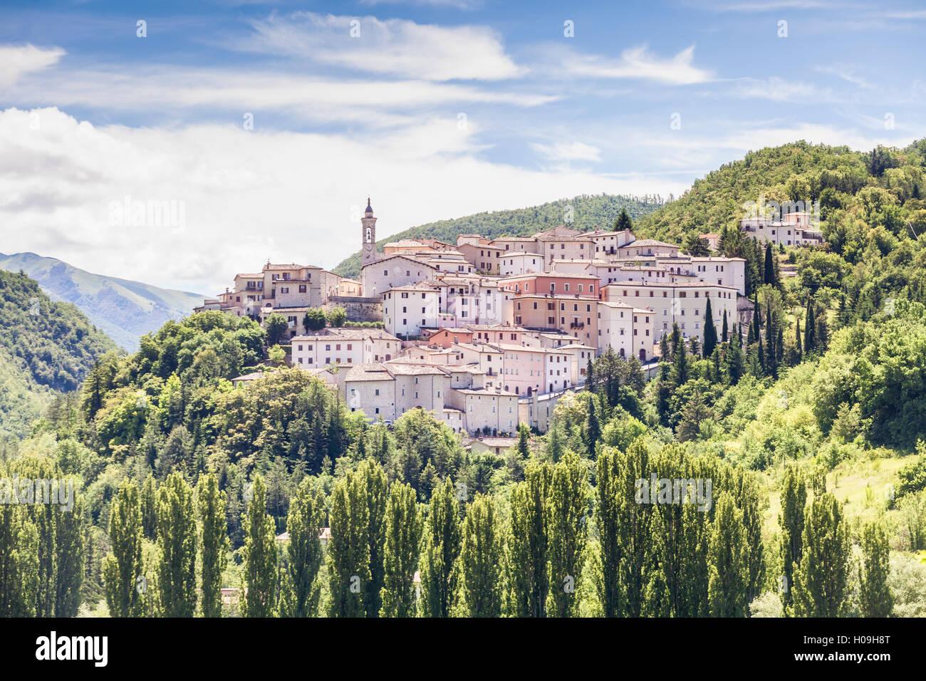The village of Preci in the Monti Sibillini National Park, Umbria, Italy, Europe - Stock Image