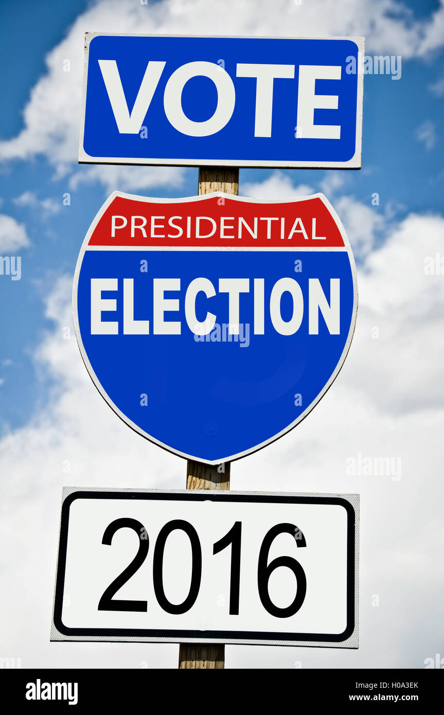 Presidential election vote 2016 written on american roadsign - Stock Image