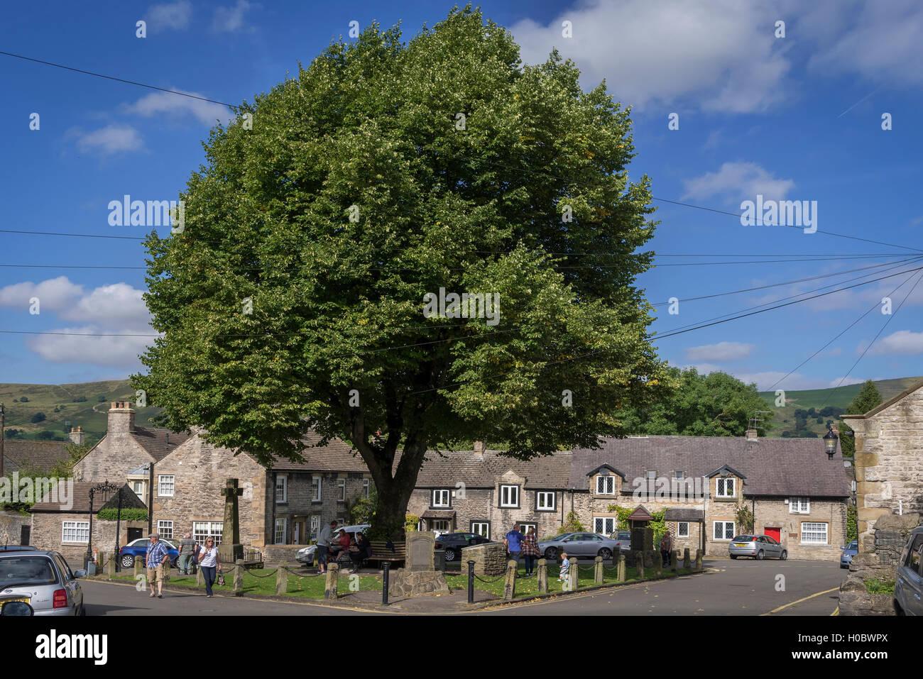 Castleton Derbyshire. North West England. The Market Place. - Stock Image