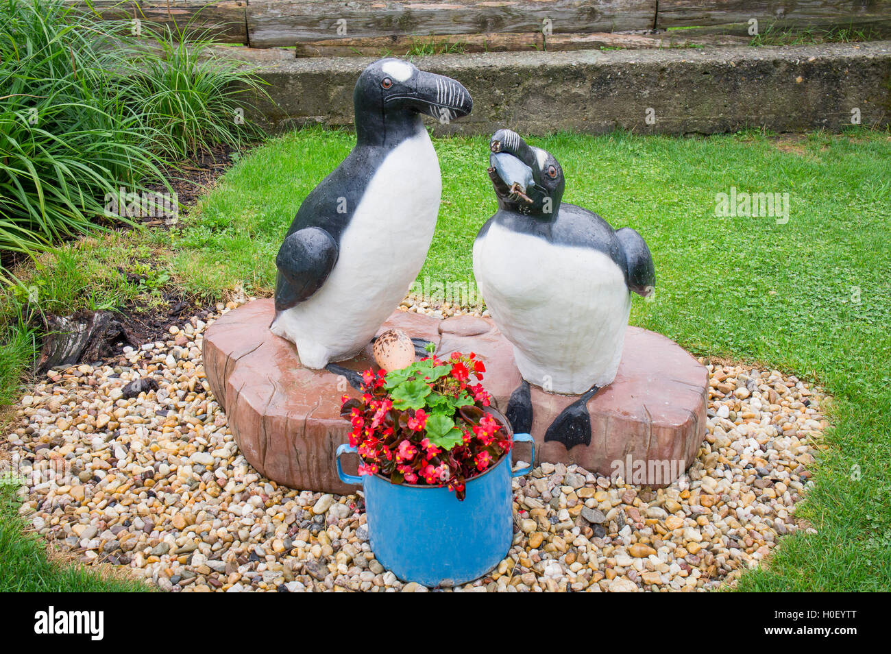 sculpture Great auk, Pinguinus impennis - Stock Image