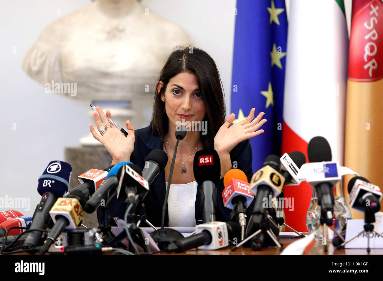 Roma, Italia. 21st Sep, 2016. Press conference of the Mayor Virginia Raggi. She announced her 'no' to the - Stock Image