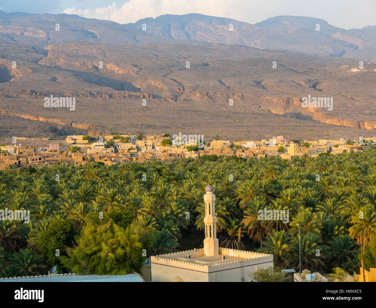 Al-Hamra, oasis in Jebel Shams, Wadi Misfah, mountain village, Al Hajar al Gharbi Mountains, Ad Dakhiliyah, Oman - Stock Image