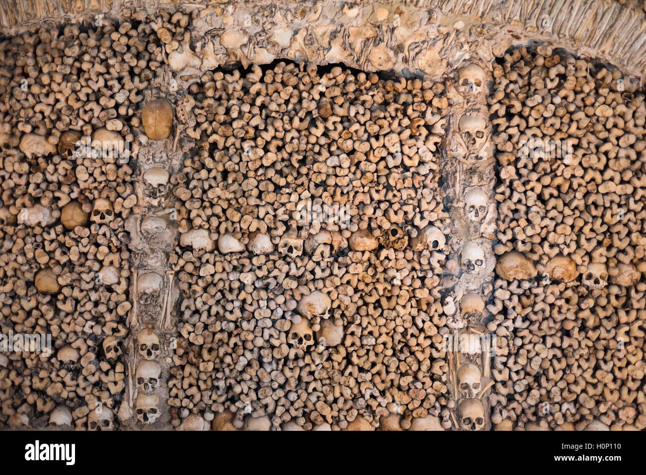 Capela dos Ossos. Bones Chapel. Igreja de São Francisco Evora Alentejo Portugal - Stock Image