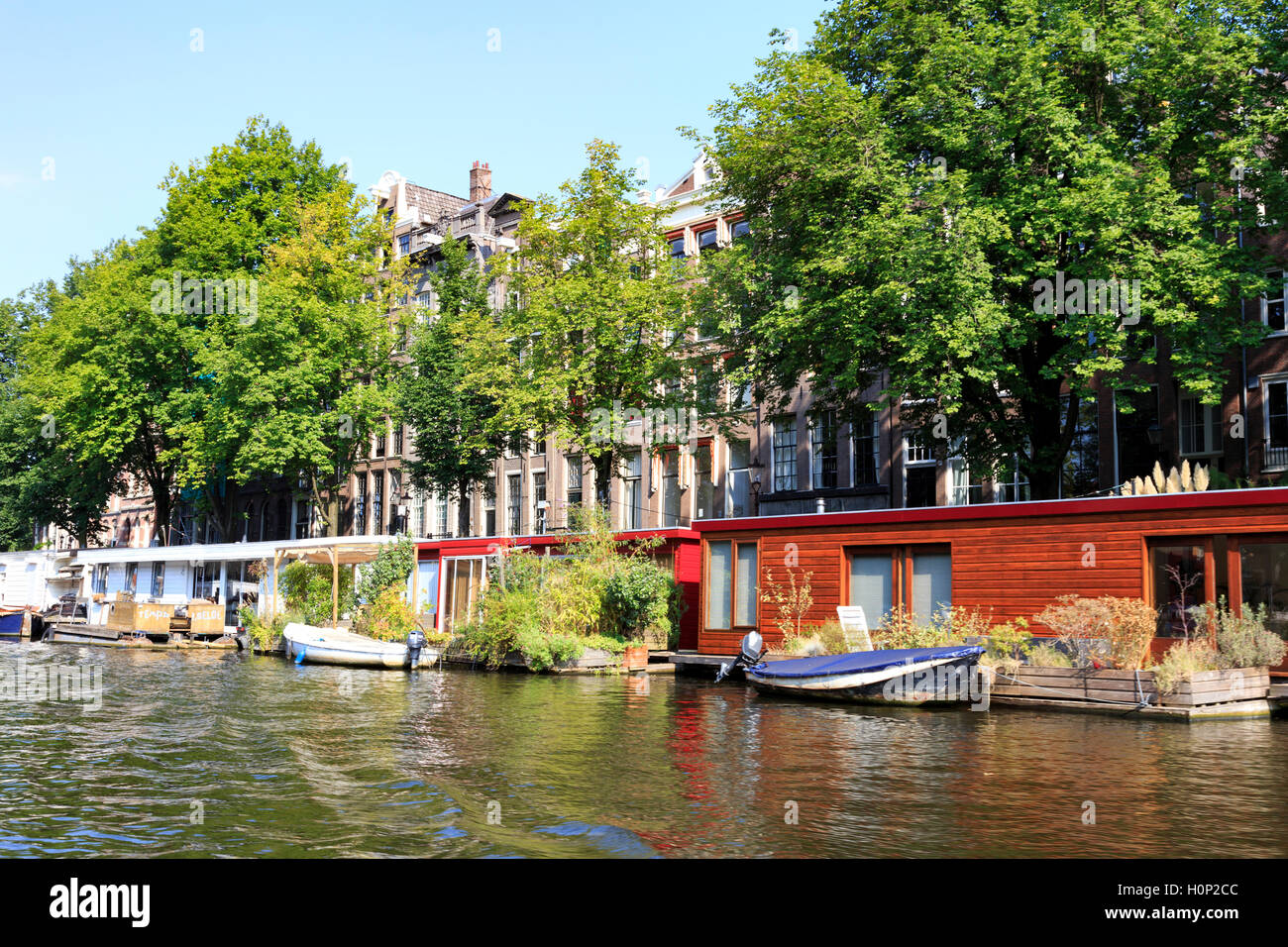 General view of buildings alongside the canal in Amsterdam - Stock Image