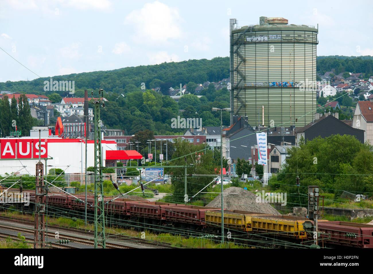 Deutschland, Nordrhein-Westfalen, Wuppertal-Heckinghausen, Gasometer W-Heckinghausen Stock Photo