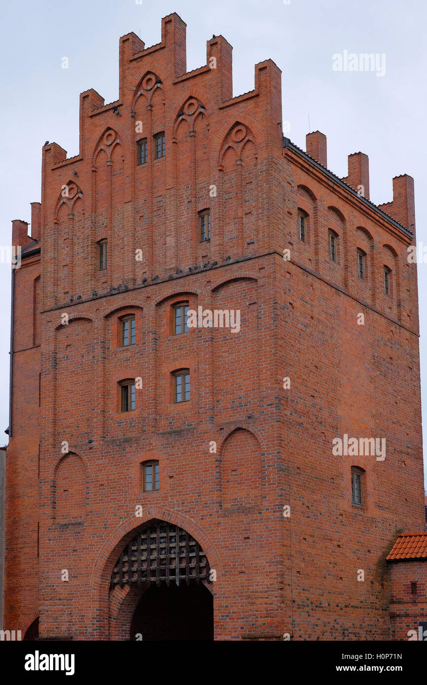 View of the 19th century Upper Gate or High Gate in the old town of the city of Olsztyn capital of the Warmian-Masurian - Stock Image