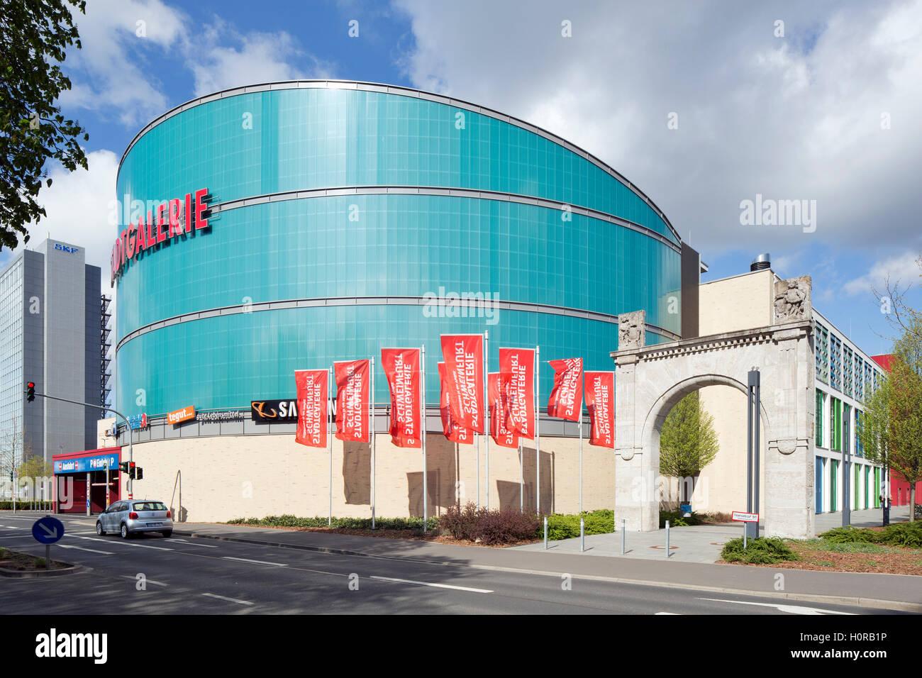 Einkaufszentrum Stadtgalerie in Schweinfurt, erbaut 2007-09 auf dem Gelände einer innenstadtnahen  Industriebrache - Stock Image