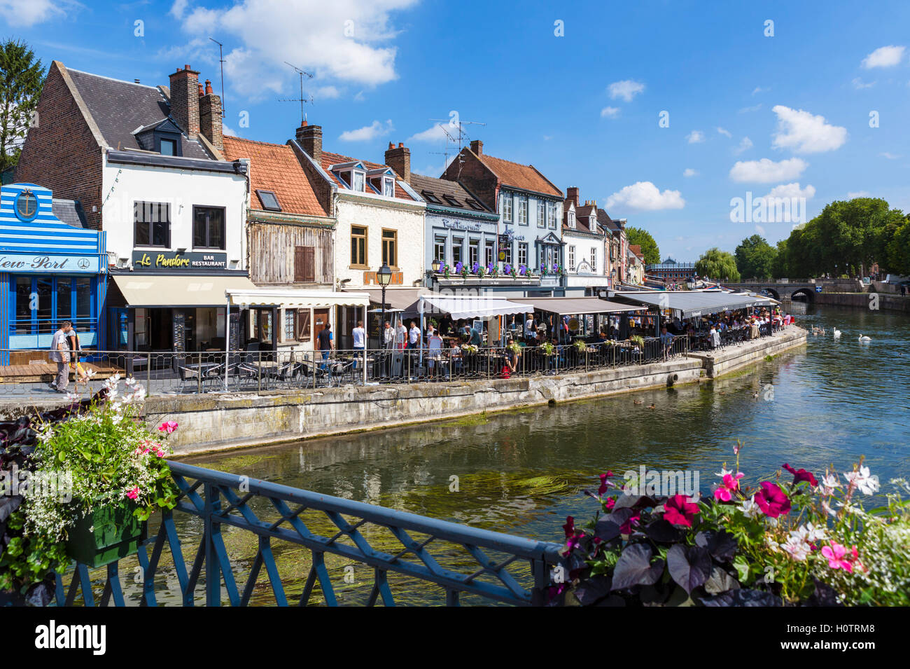 The River Somme and Quai Bleu in the Quartier St-Leu, Amiens, Picardy, France Stock Photo