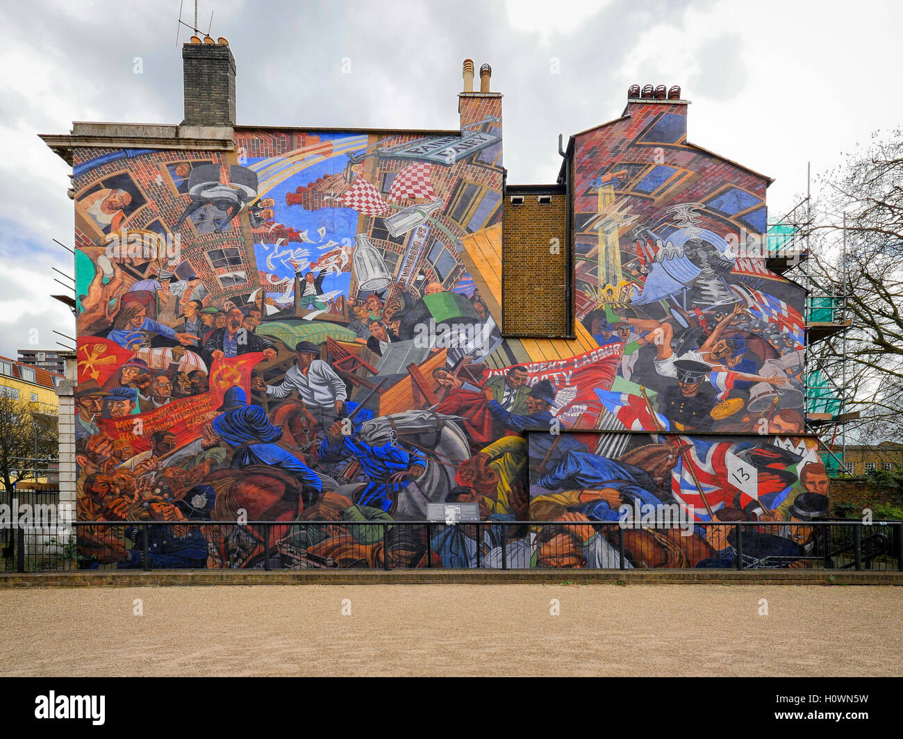 Cable Street mural depicting the battle between Mosely's Black Shirts and the local residents on October 4th 1936 Stock Photo