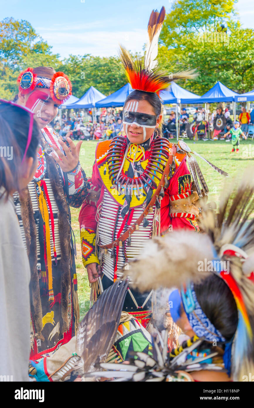 First Nations smudge ritual, Oppenheimer Park, Vancouver,  British Columbia, Canada - Stock Image