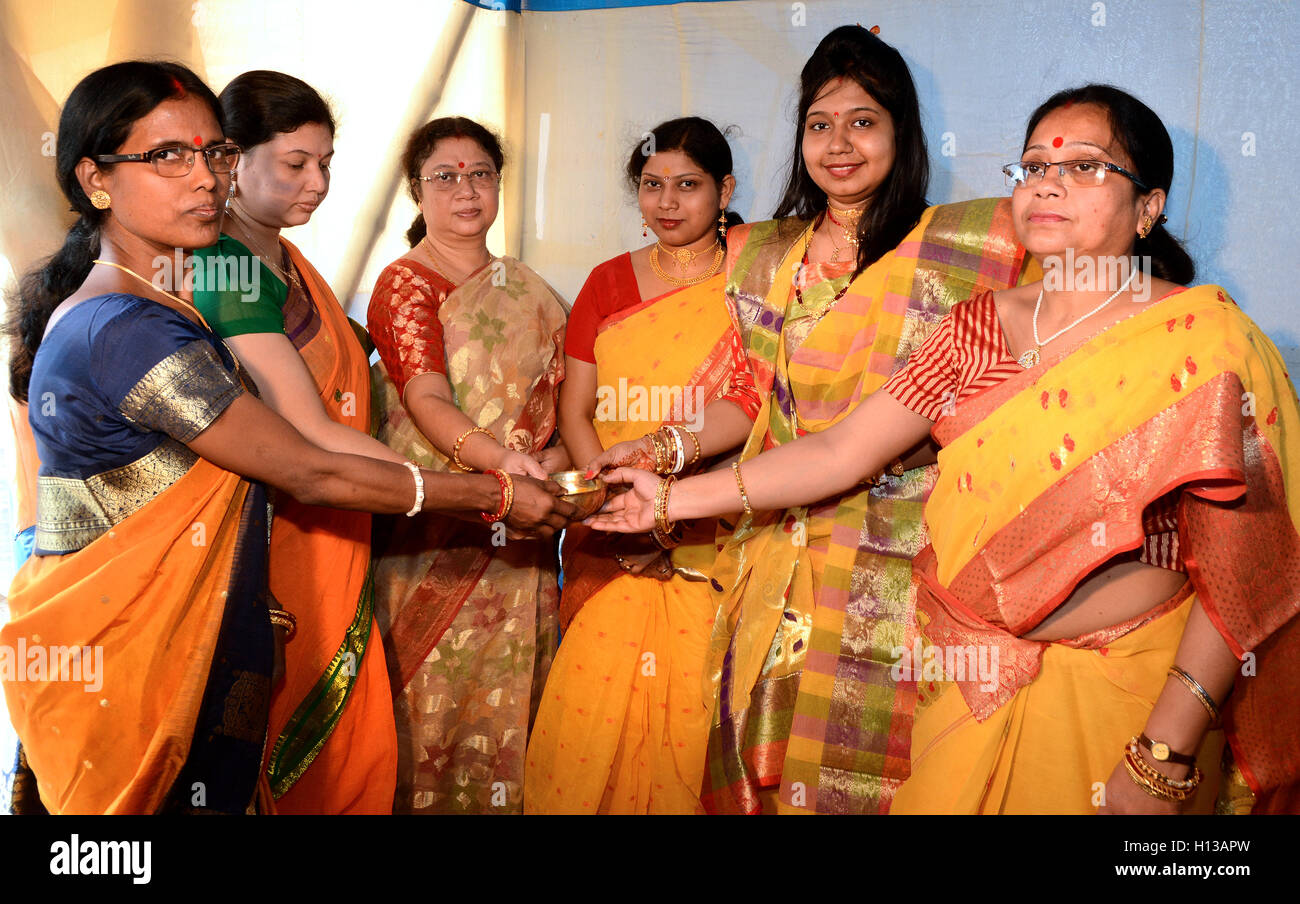 Marriage Ritual -  Bengali community in kolkata at the marriage ceremony hall. - Stock Image
