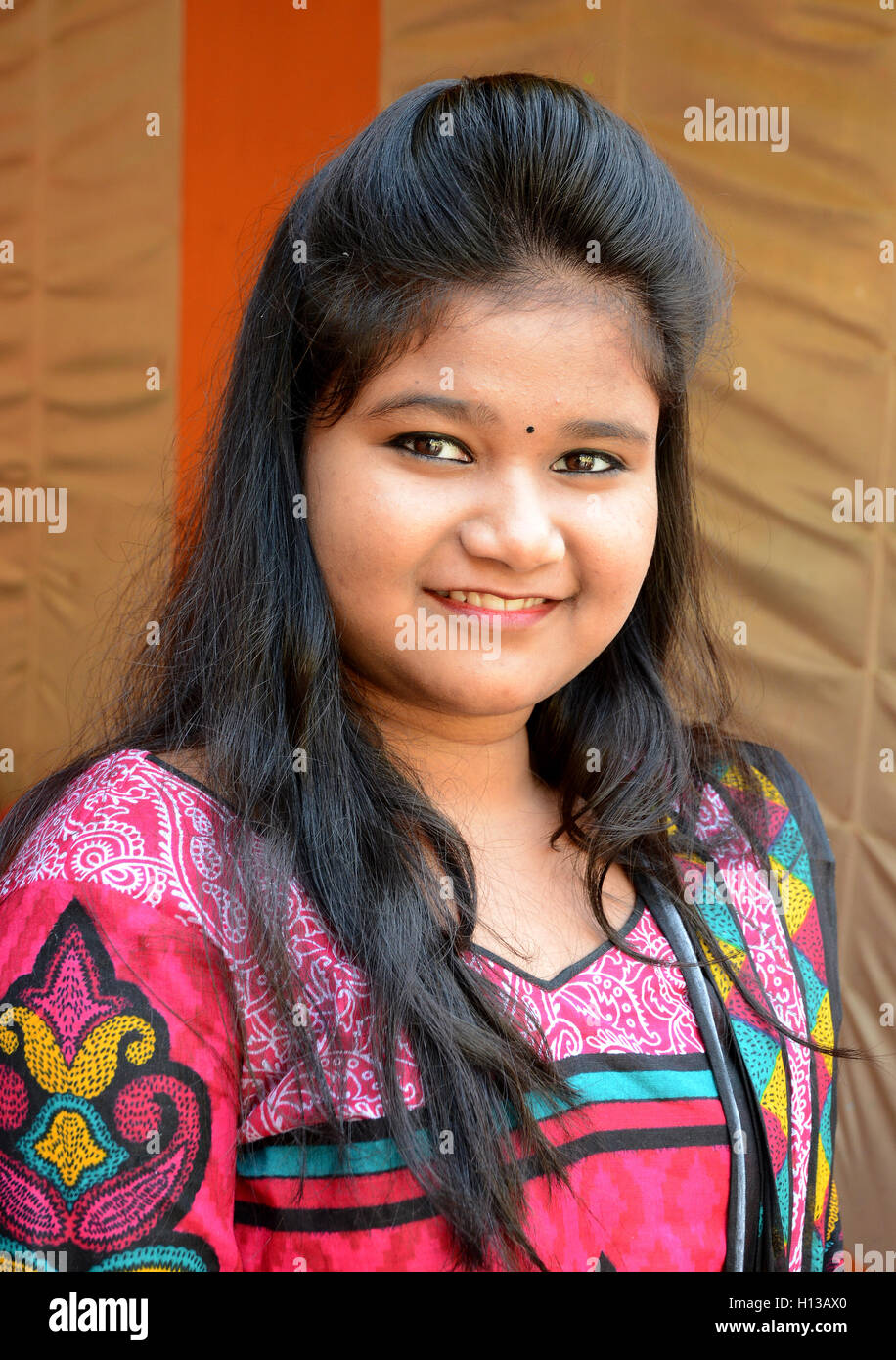 release date: 9f45a c55e8 Indian Girl - A beautiful indian girl on party occasion.