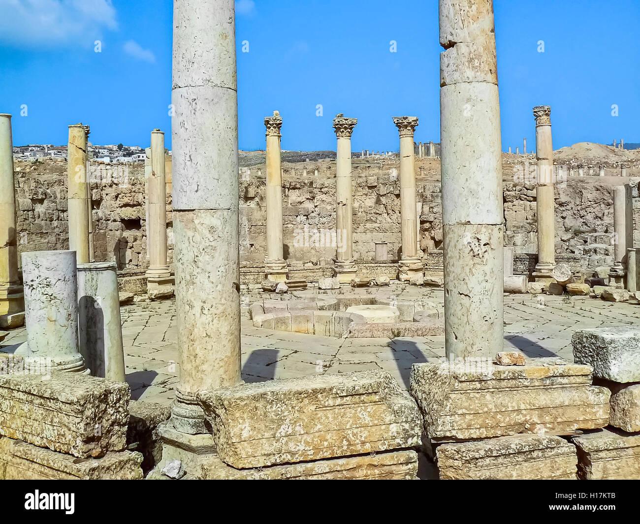 Roman temples at Jerash, Jordan - Stock Image