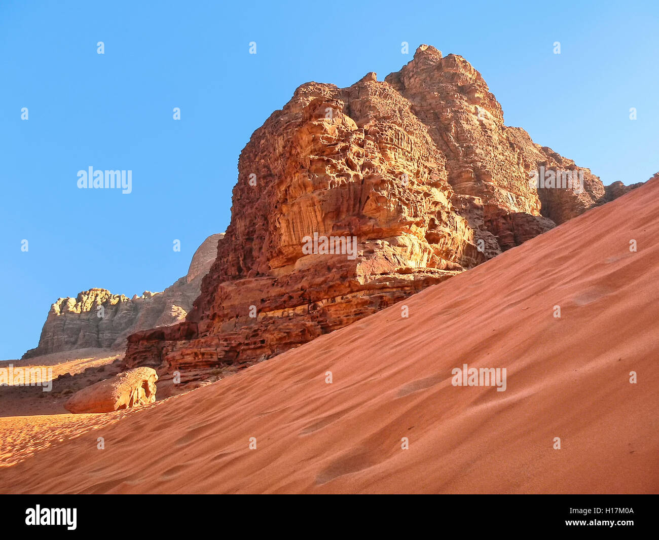 Red Dune in the Desert of Wadi Rum, Jordan - Stock Image