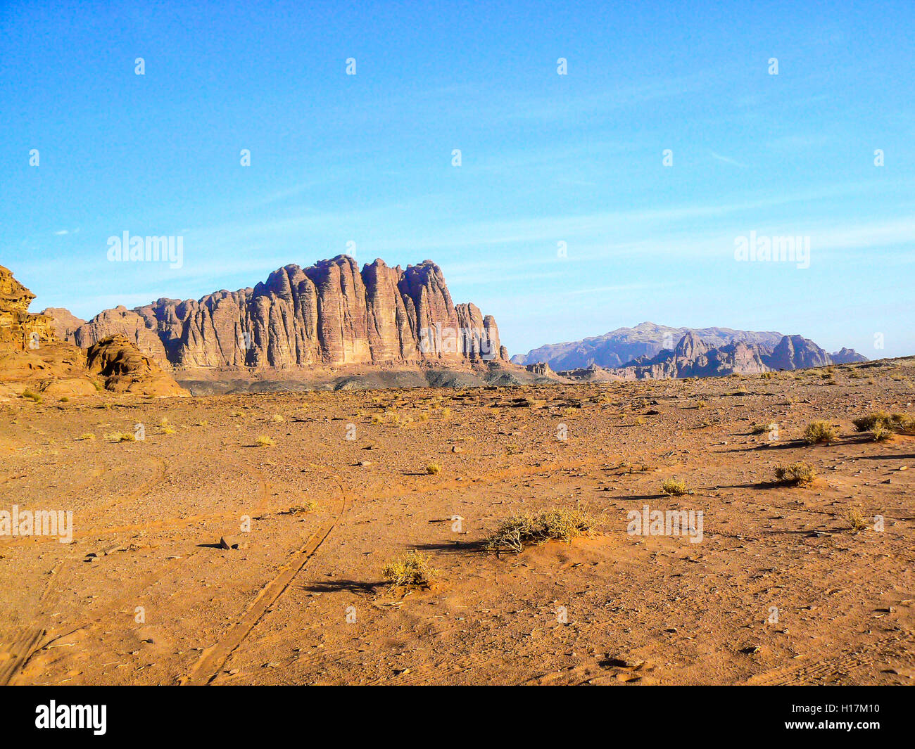 The Seven Pillars of Wisdom in the Desert of Wadi Rum, Jordan - Stock Image