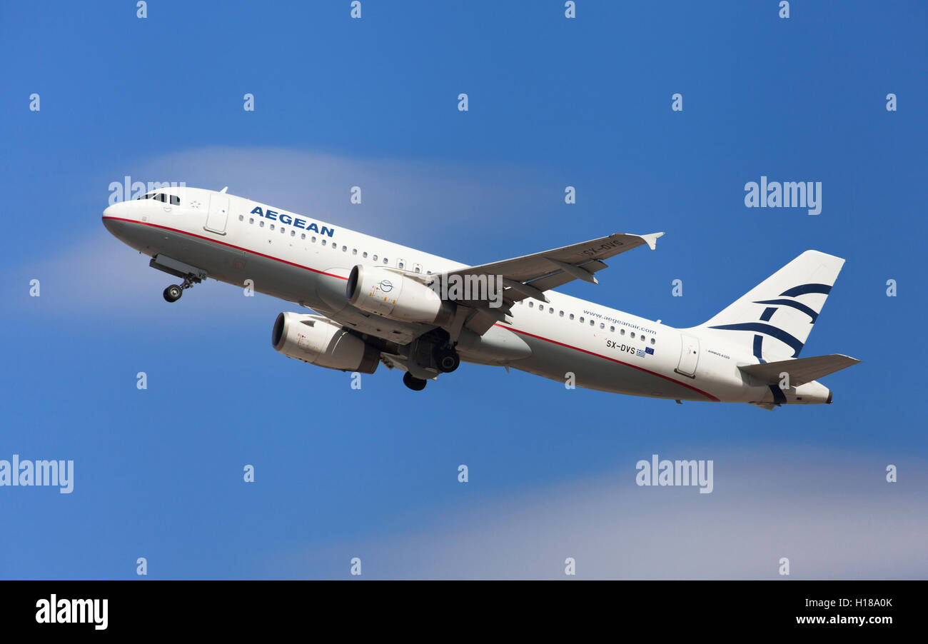 Aegean Airlines Airbus A320-200 taking off from El Prat Airport in Barcelona, Spain. - Stock Image