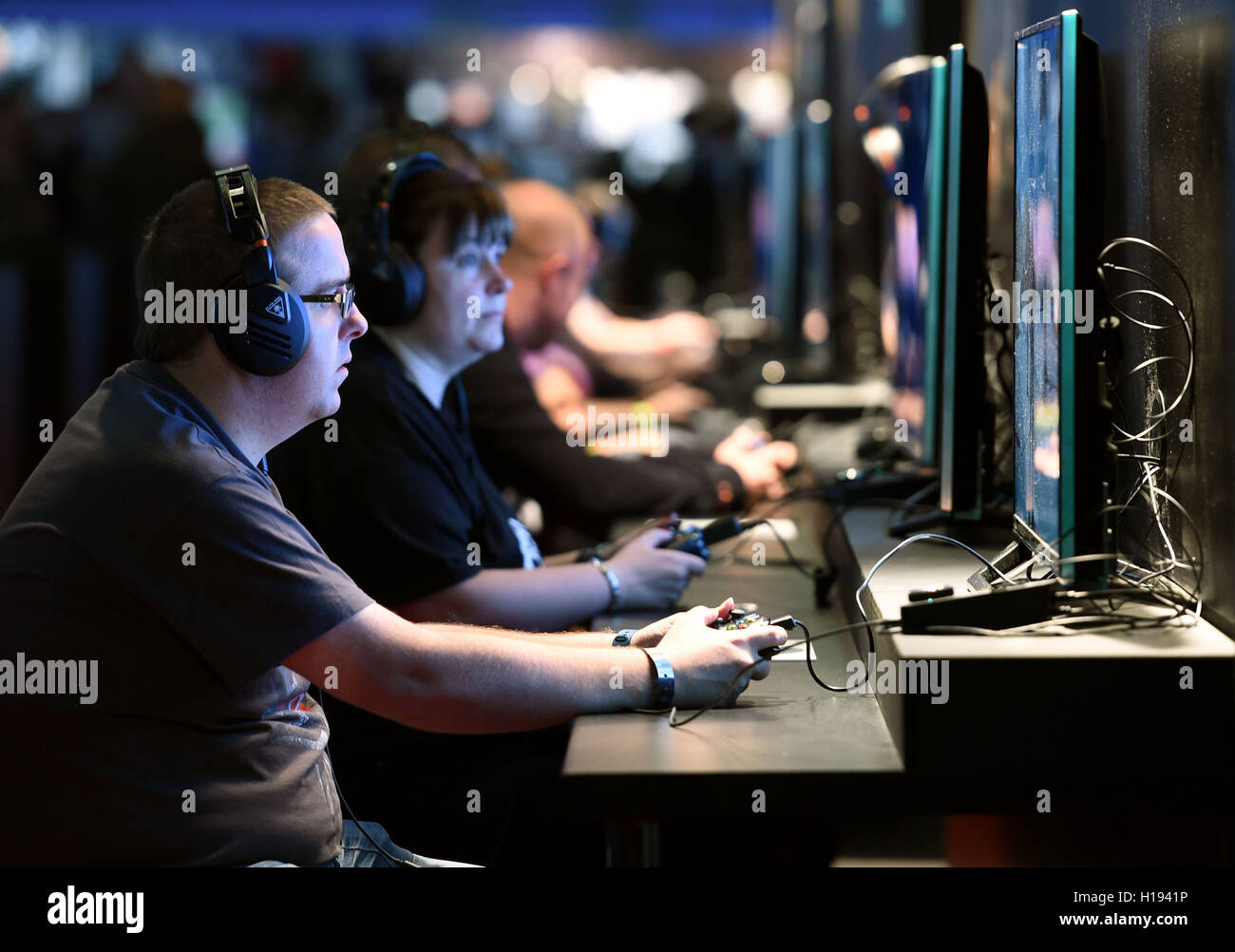 Gamers play Final Fantasy XV during EGX 2016 at the NEC in Birmingham. - Stock Image