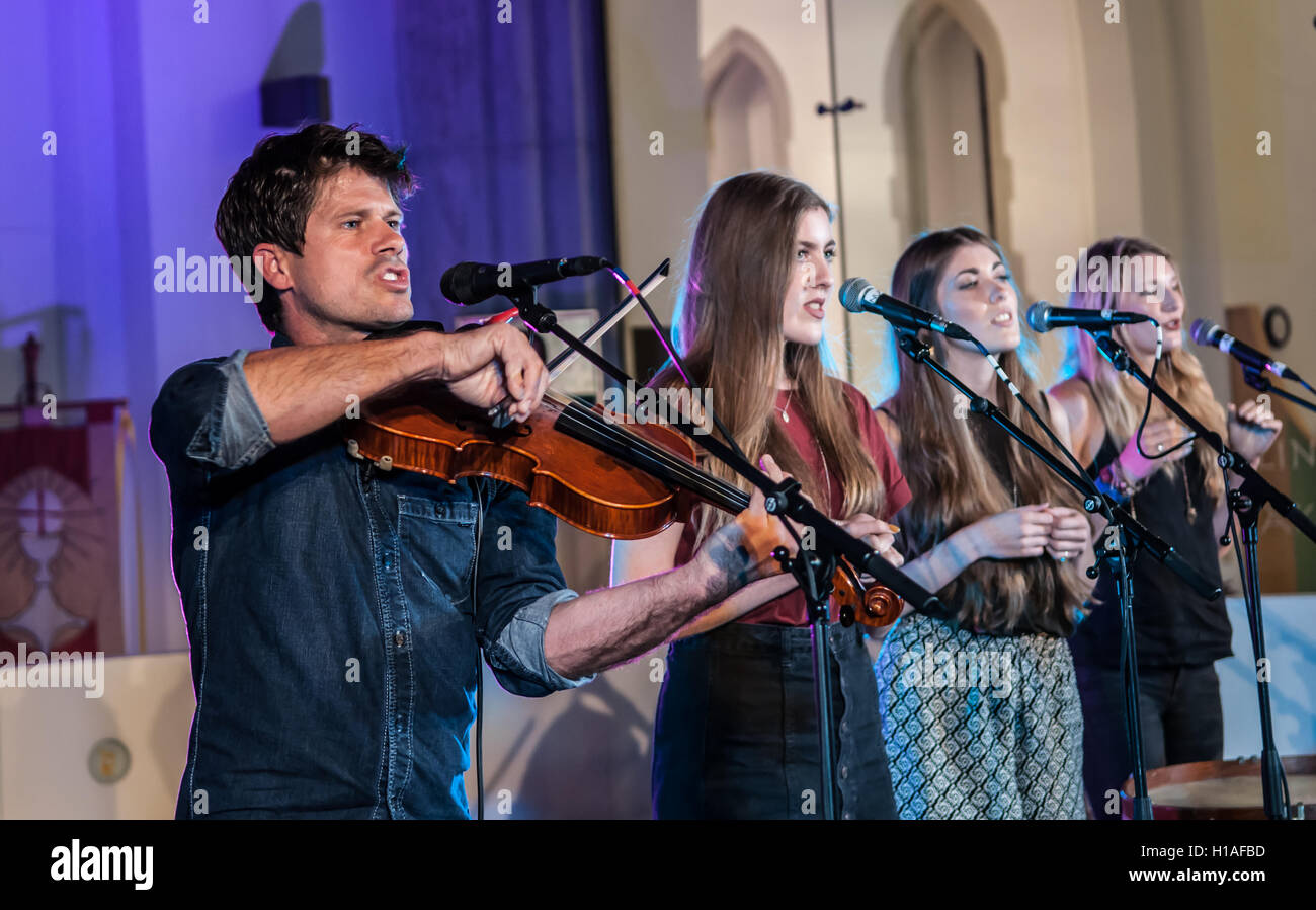 St Peter & The Holy Apostles Church, Plymouth, Devon, U.K. 22nd September 2016. Seth Lakeman Launching the album - Stock Image