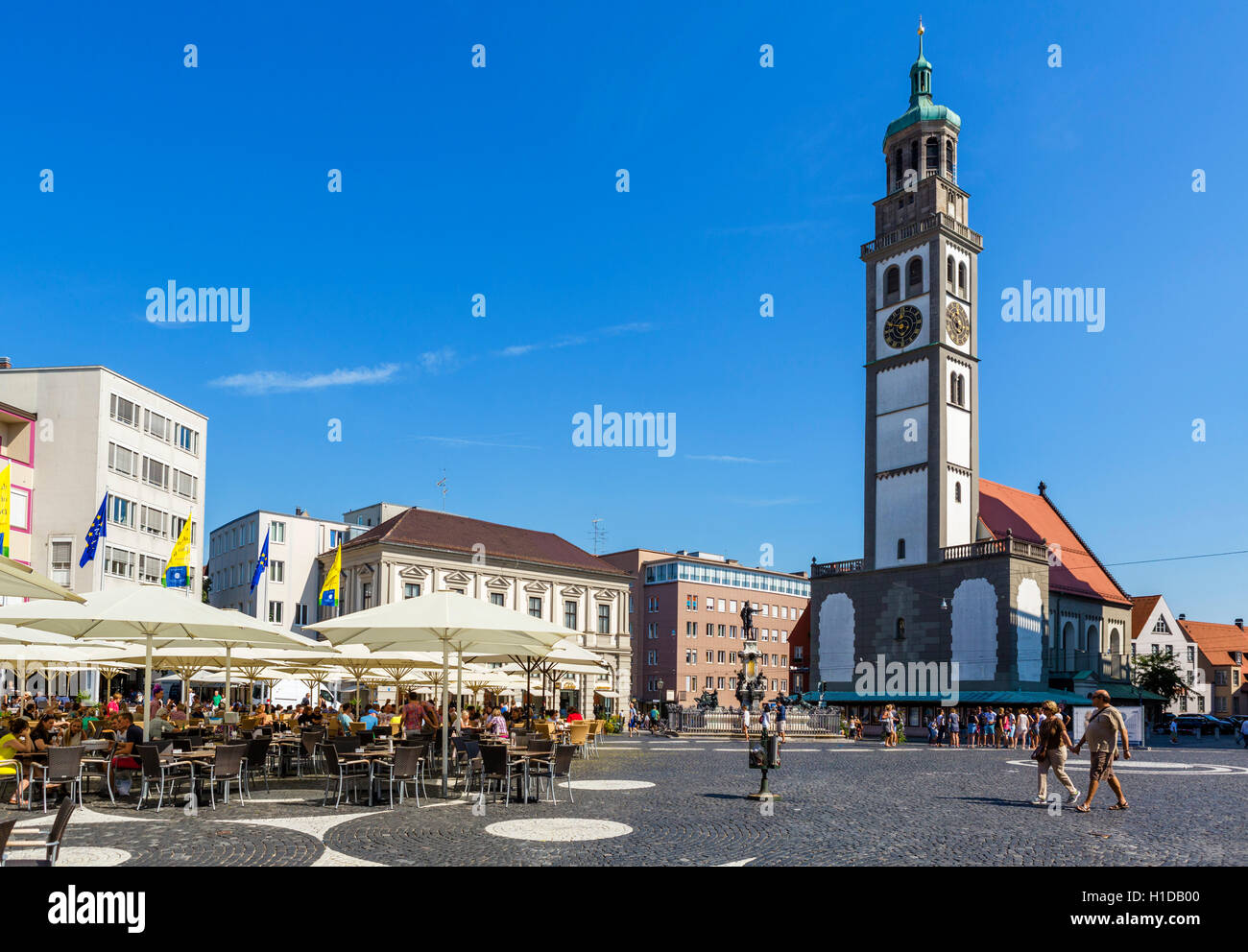 Cafe in Rathausplatz looking towards the Perlachturm (Perlach Tower) and church of St Peter, Augsburg, Bavaria, - Stock Image