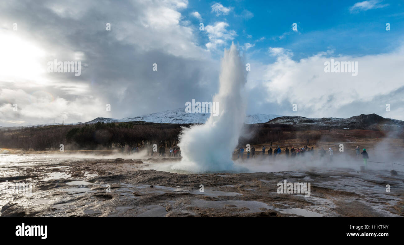 Strokkur geyser erupting, hot springs, geothermal area in Haukadalur Valley, Golden Circle, Southern Region, Iceland Stock Photo