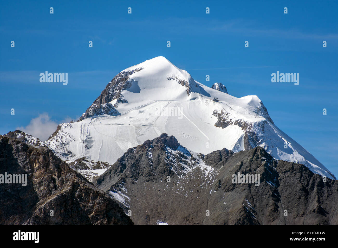 Distant View Of Grande Motte Mountain And Ski Area Tignes France Stock Photo Alamy