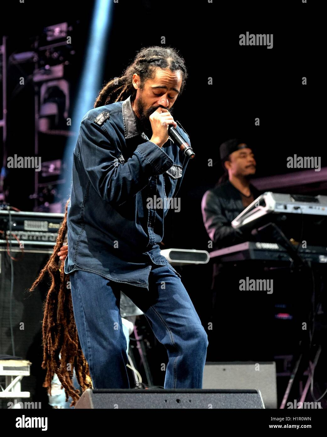 Bestival, Newport, Isle of Wight 9th September 2016, Jamaican reggae artist Damian Marley performing live on stage - Stock Image