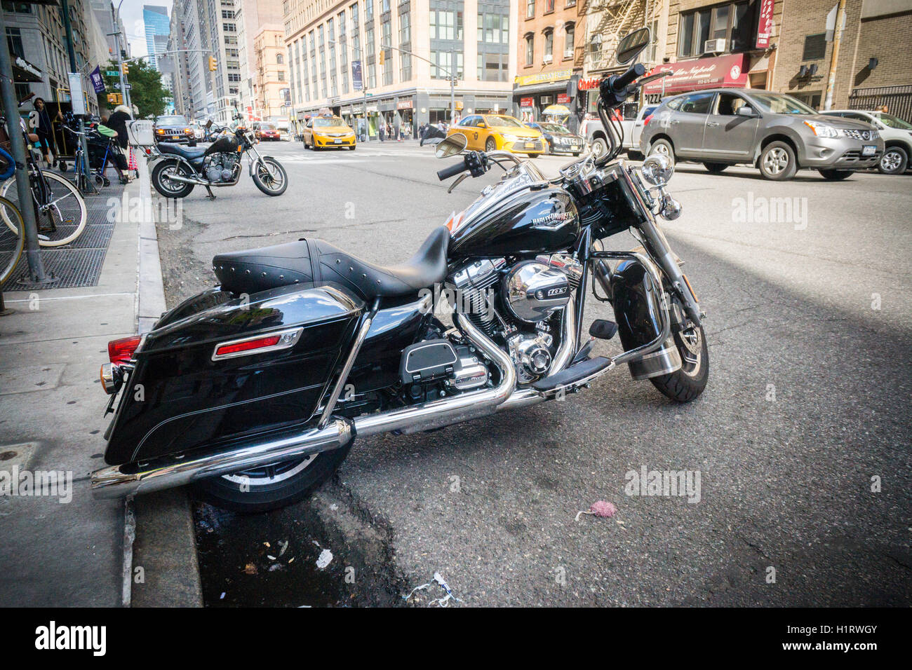 A Harley-Davidson motorcycle parked in New York on Monday, September 12, 2016. (© Richard B. Levine) - Stock Image