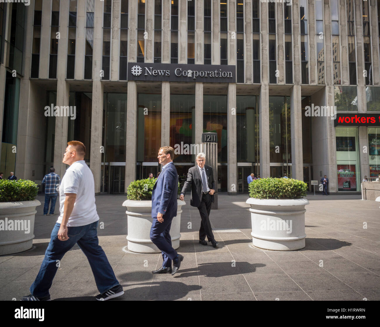 The News Corp. headquarters in Midtown Manhattan in New York on Friday, September 16, 2016.  (© Richard B. - Stock Image