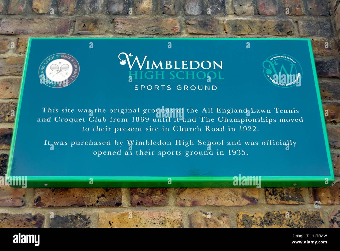 Commemorative Sch | Commemorative Plaque At Wimbledon High School Sports Ground Marking