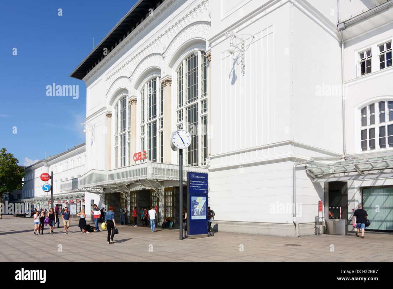 Salzburg: Salzburg Hauptbahnhof (Main Station), , Salzburg, Austria - Stock Image