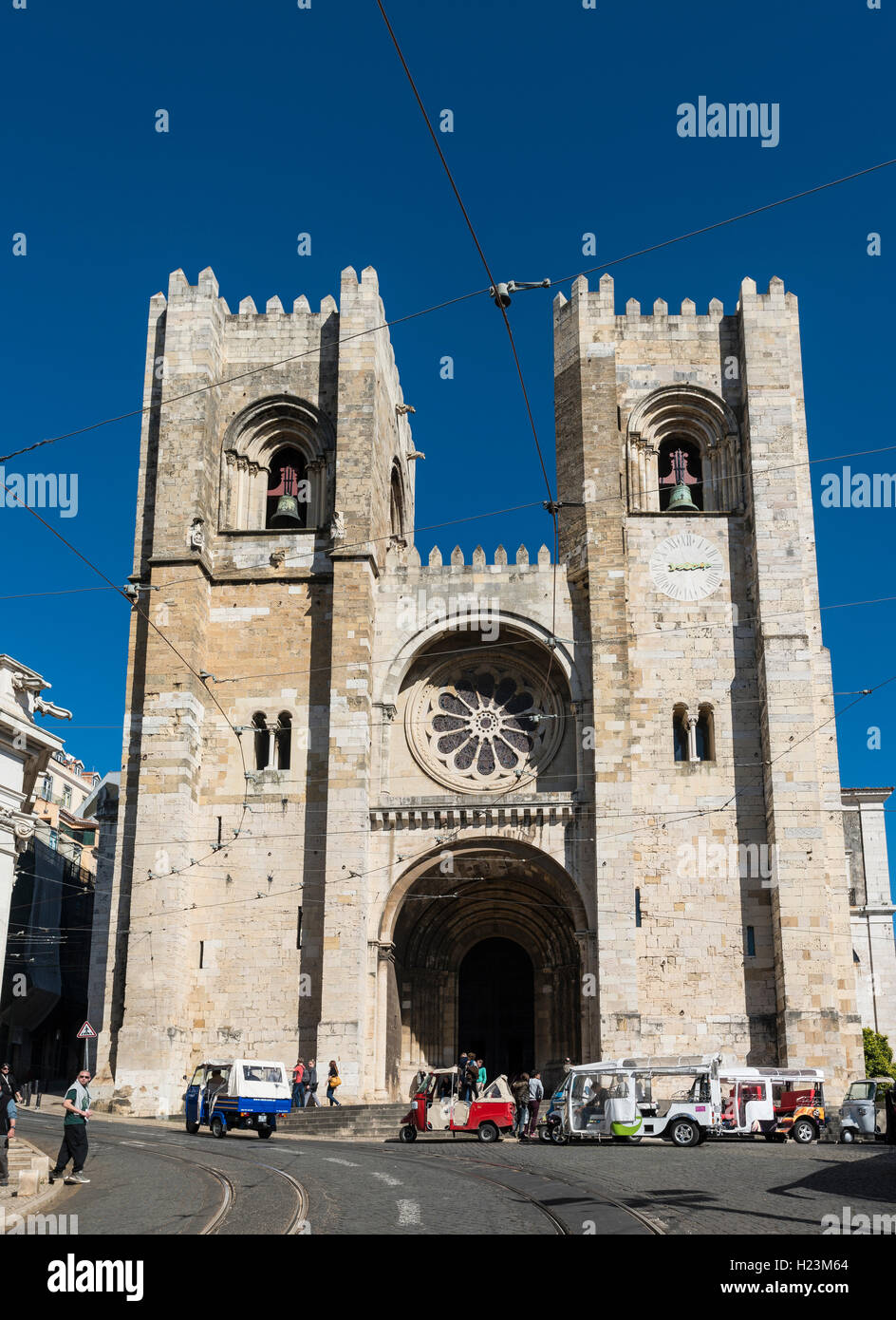 Catedral Sé Patriarcal, Lisbon Cathedral, historic centre, Lisbon, Portugal - Stock Image