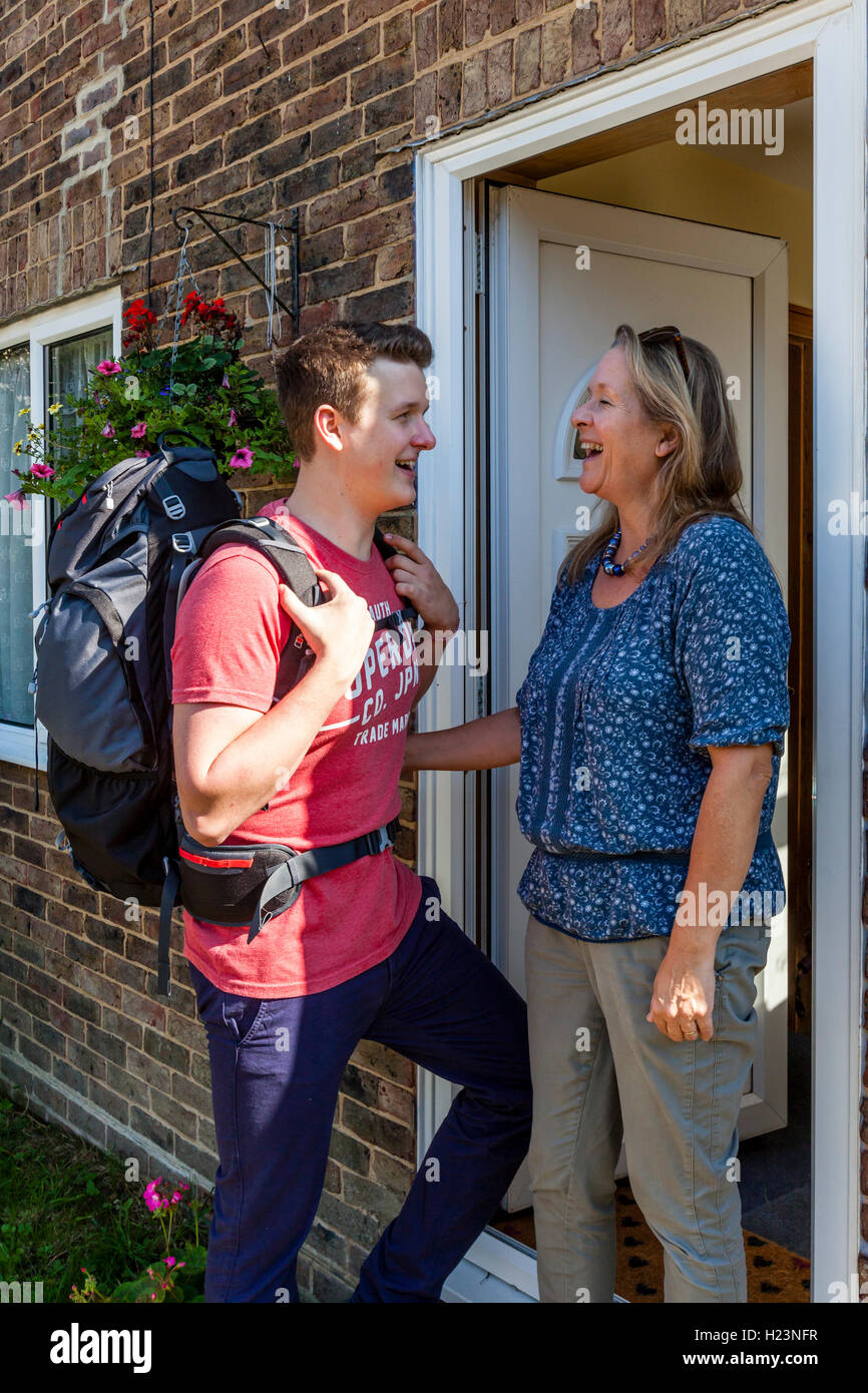 A Young Man Says Goodbye To His Mother To Go Travelling, Sussex, UK - Stock Image